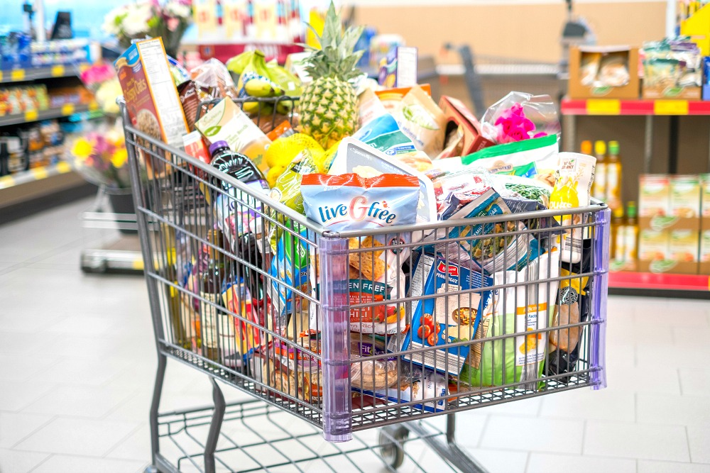 Aldi brands in shopping cart