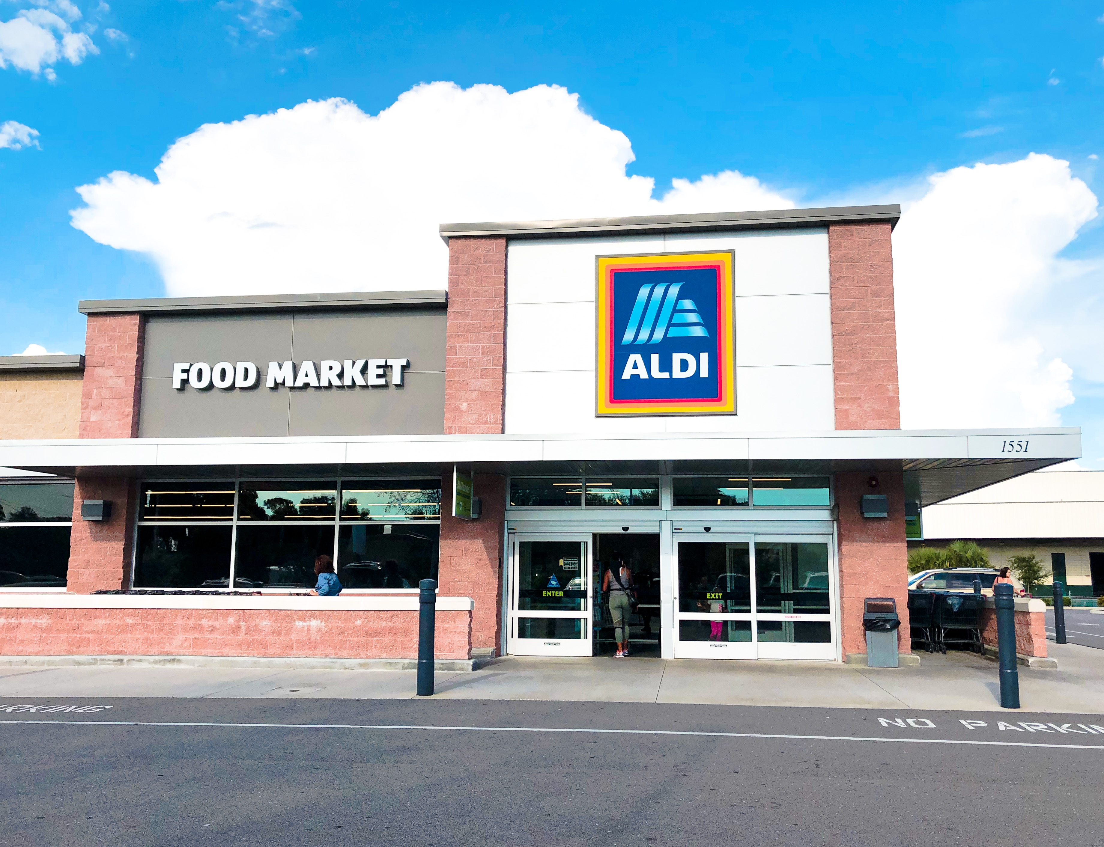 Aldi Hours What Time Does Aldi Open And Close