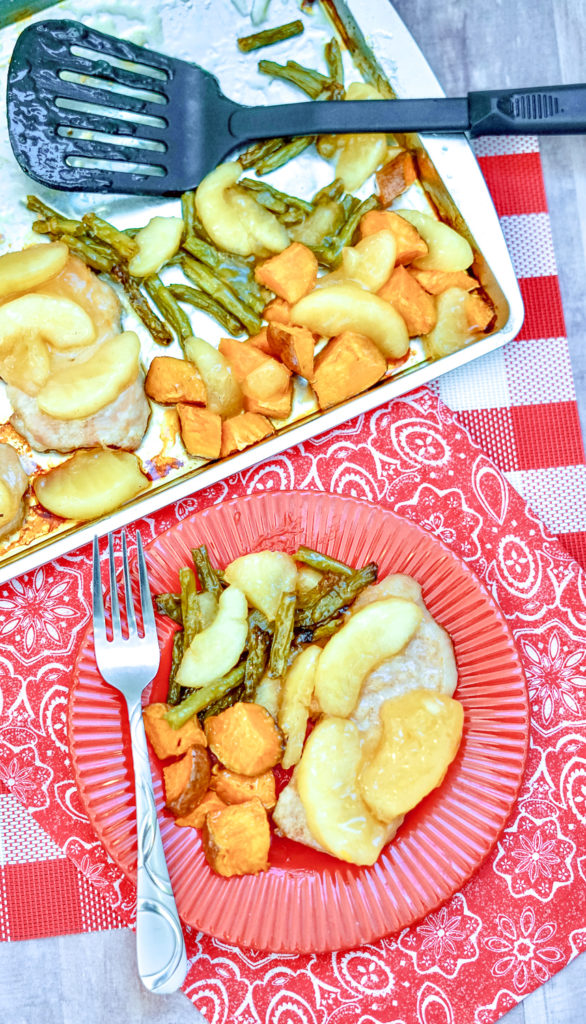 Sheet Pan Apple Pork Chops - the finished product