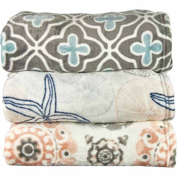 Coastal Decor throws at Aldi